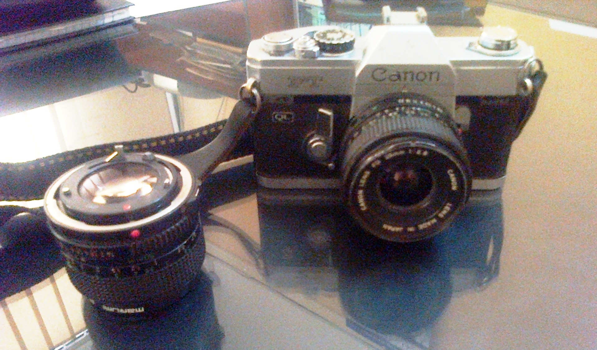 canon fd 28mm manual film lens
